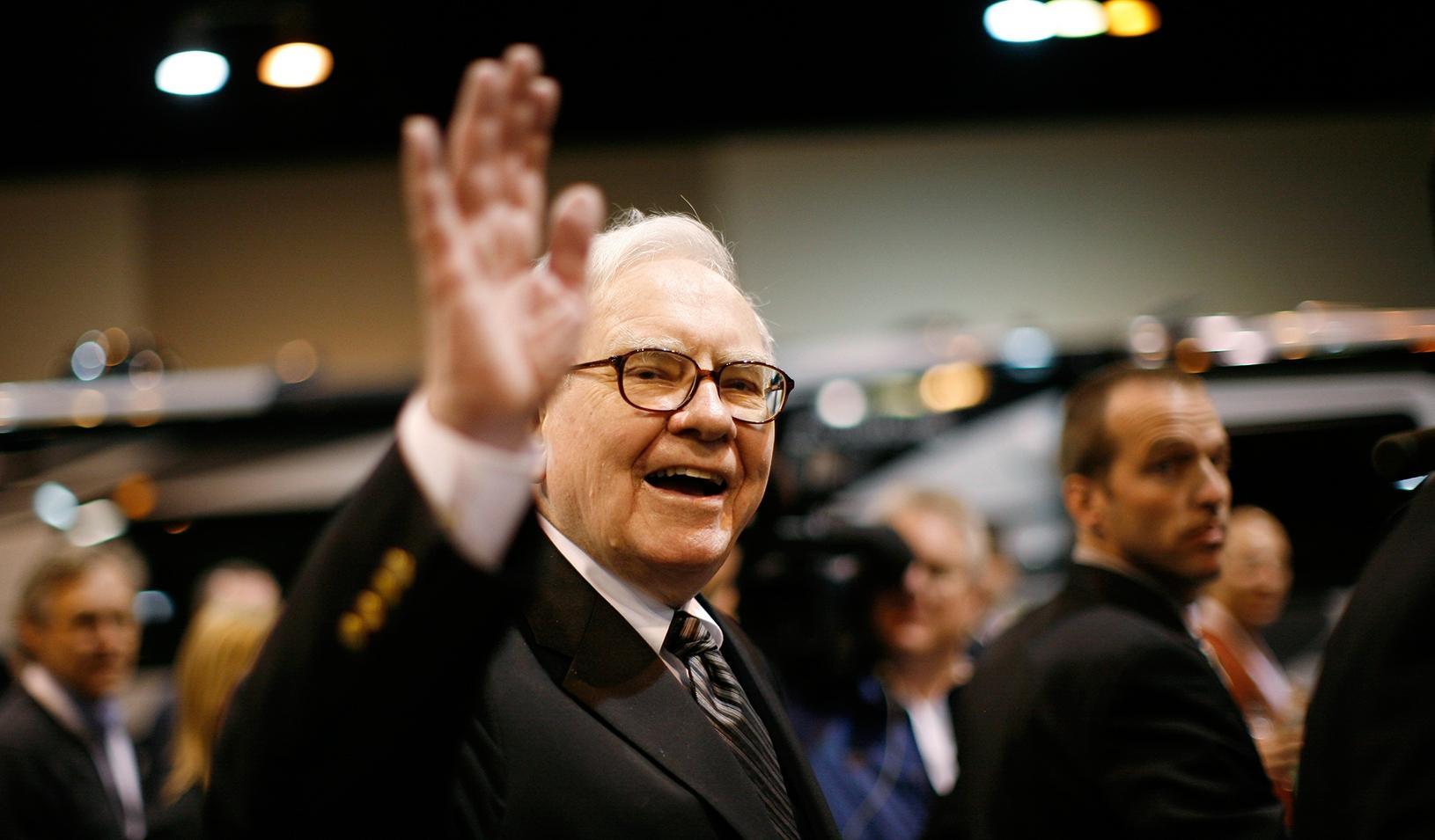 About Warren Buffett's $377 Million Real Estate Investment