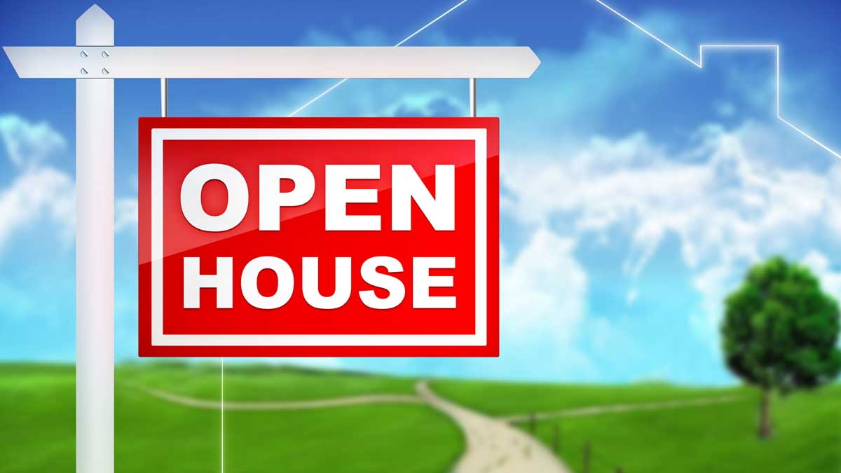 Foot Traffic: Getting People in Your Open House