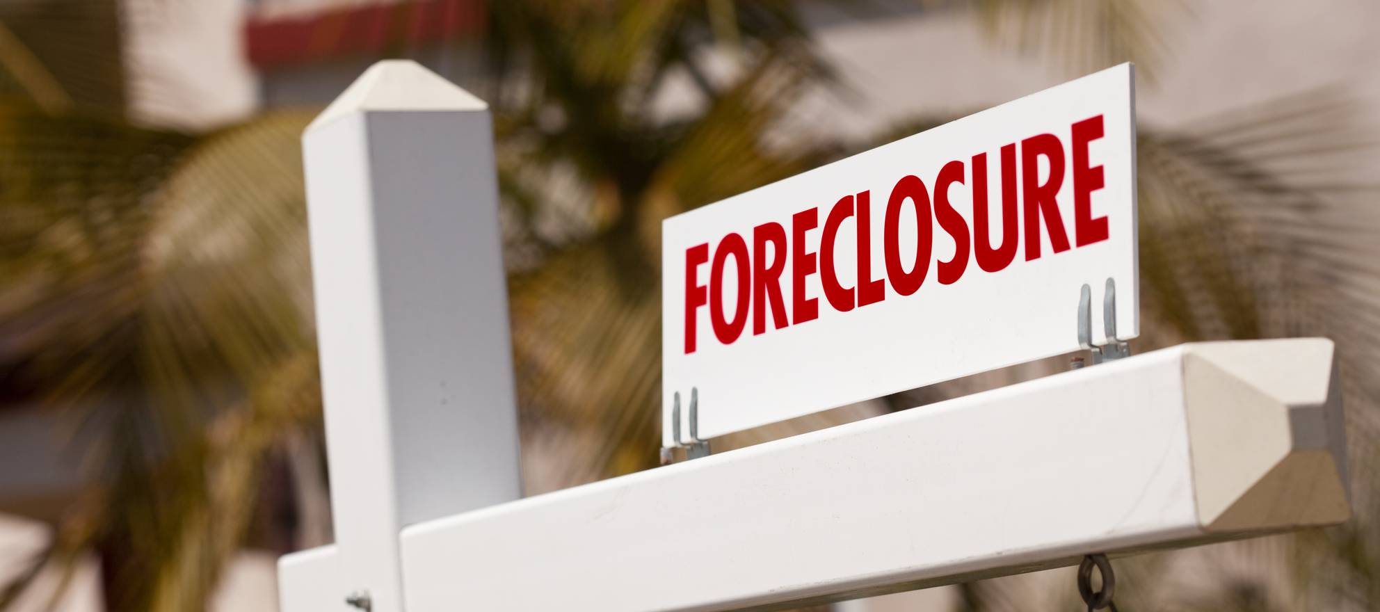 Is There a Connection Between College and Foreclosure?